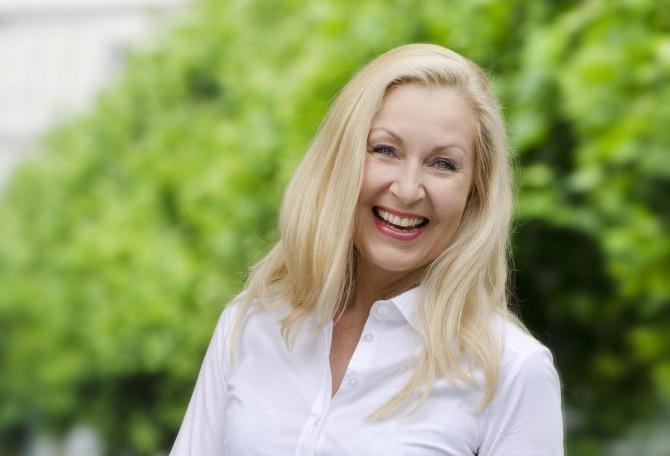 Von der alleinerziehenden Mutter zur Millionärin – heute mit Gast Julia Maria Sobainsky